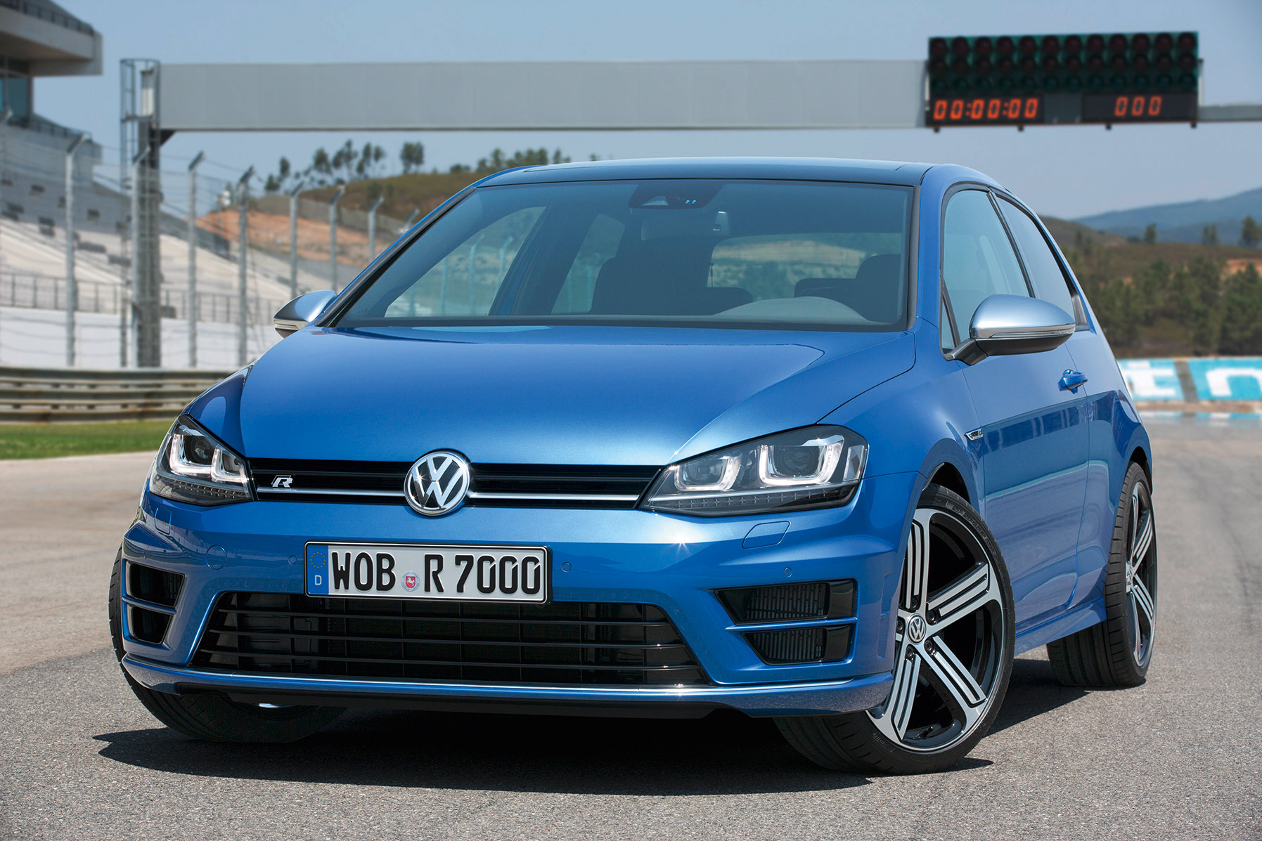 volkswagen-golf-7-r-008