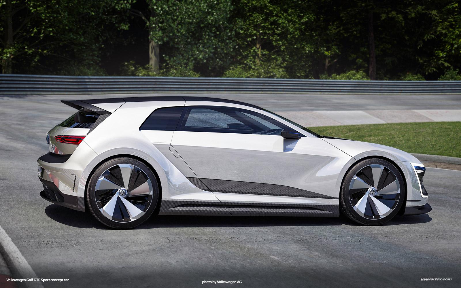 Audi Exclusive S8 in Ipanema Brown (photo: Audi Forum Neckarsulm)