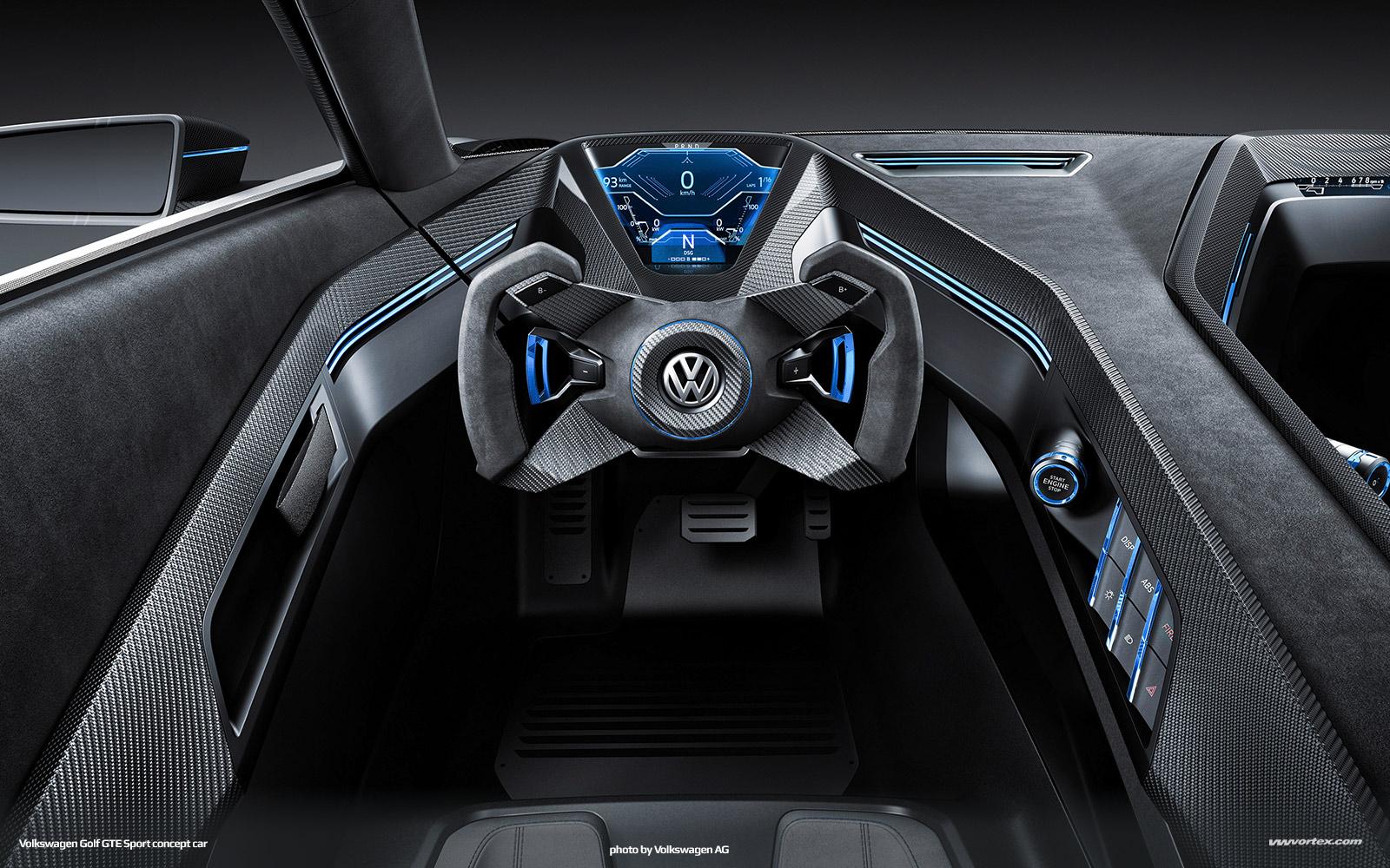 Volkswagen-Golf-GTE-Sport-concept-926