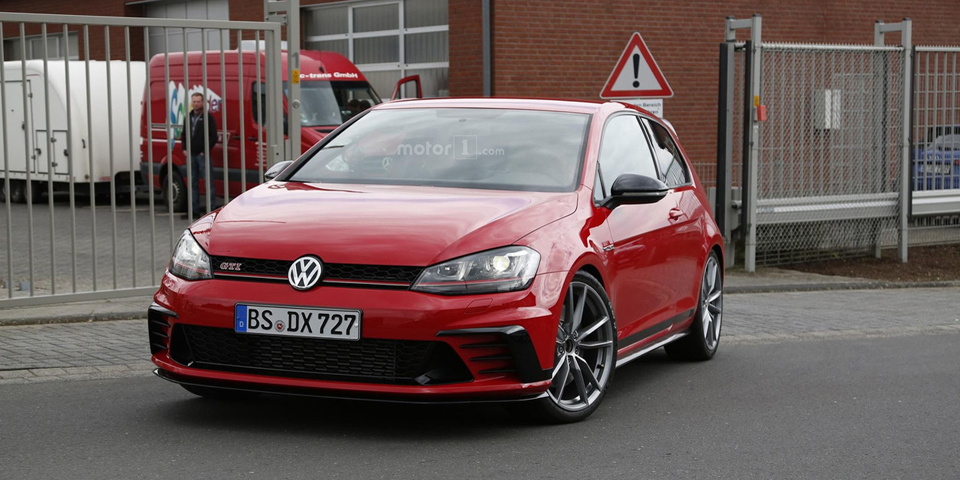volkswagen-golf-gti-clubsport-s-spy-photo-7