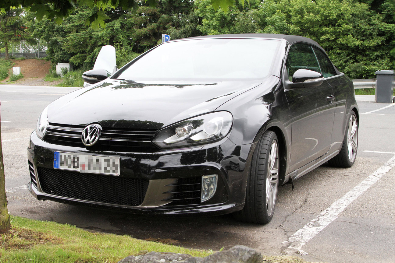 volkswagen-golf-r-cabrio-spy-photo-006
