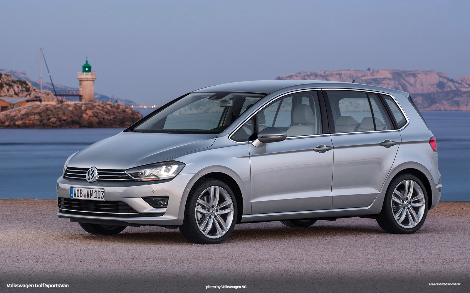 Volkswagen Golf SportsVan MQB 348 110x60