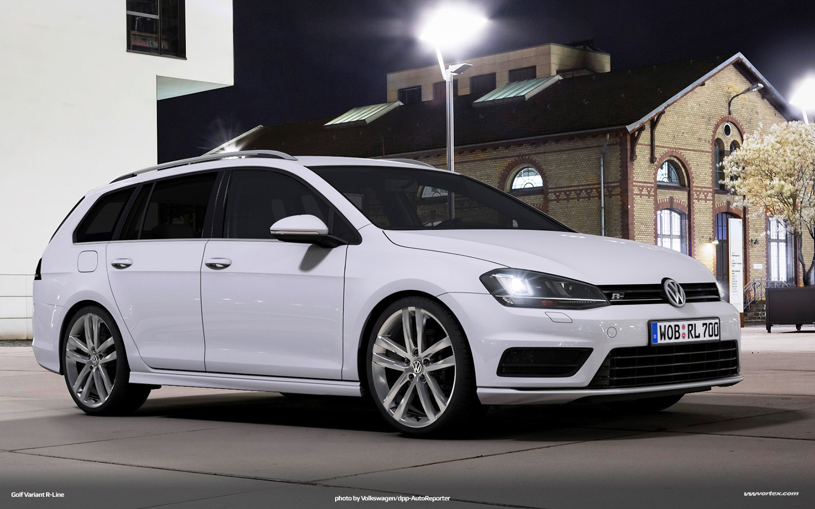 Volkswagen Golf R-Line package Photo Gallery - Autoblog