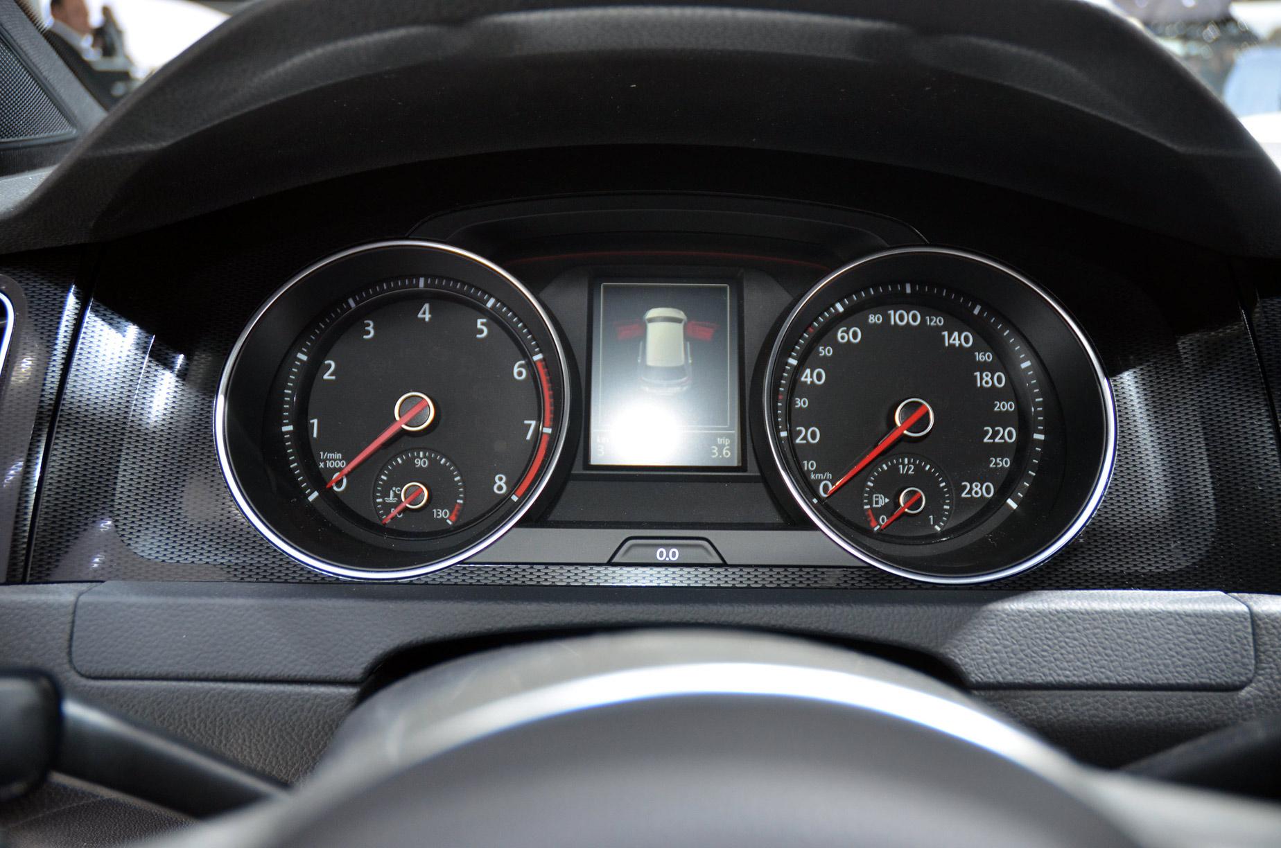 volkswagen-golf7-gti-020