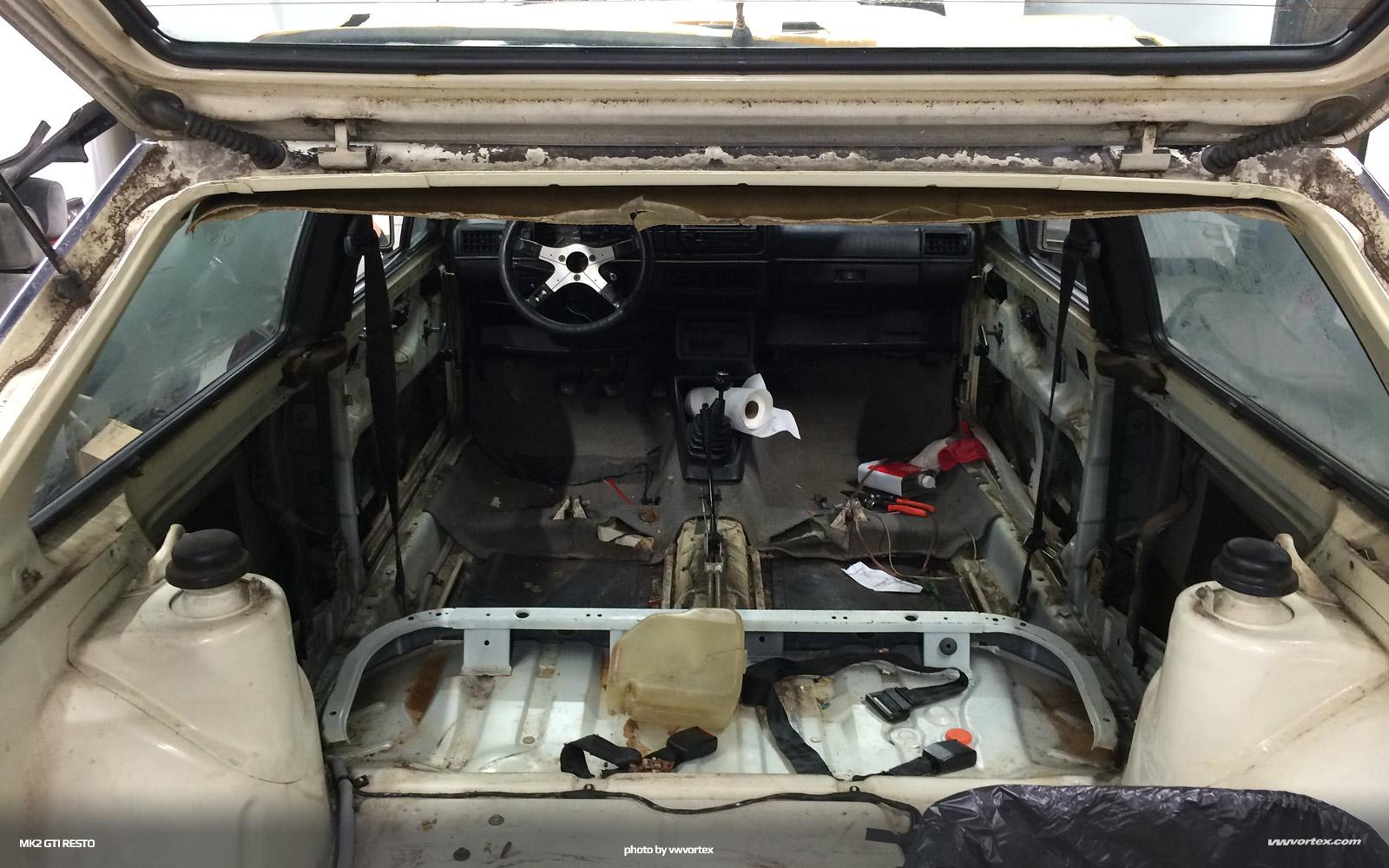 volkswagen-mk2-restoration-intro-027