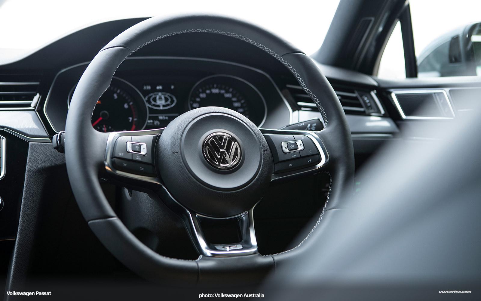 Volkswagen-Passat-Australia-2016-299