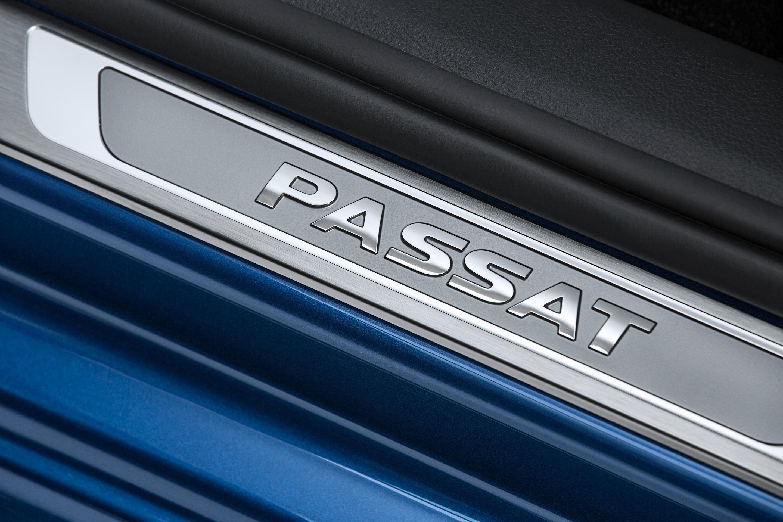 Volkswagen-Passat-Blue-Motion-Concept-6
