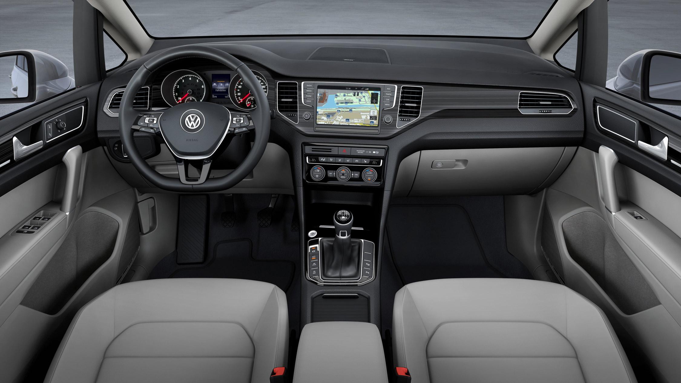 volkswagen-sportsvan-concept-005