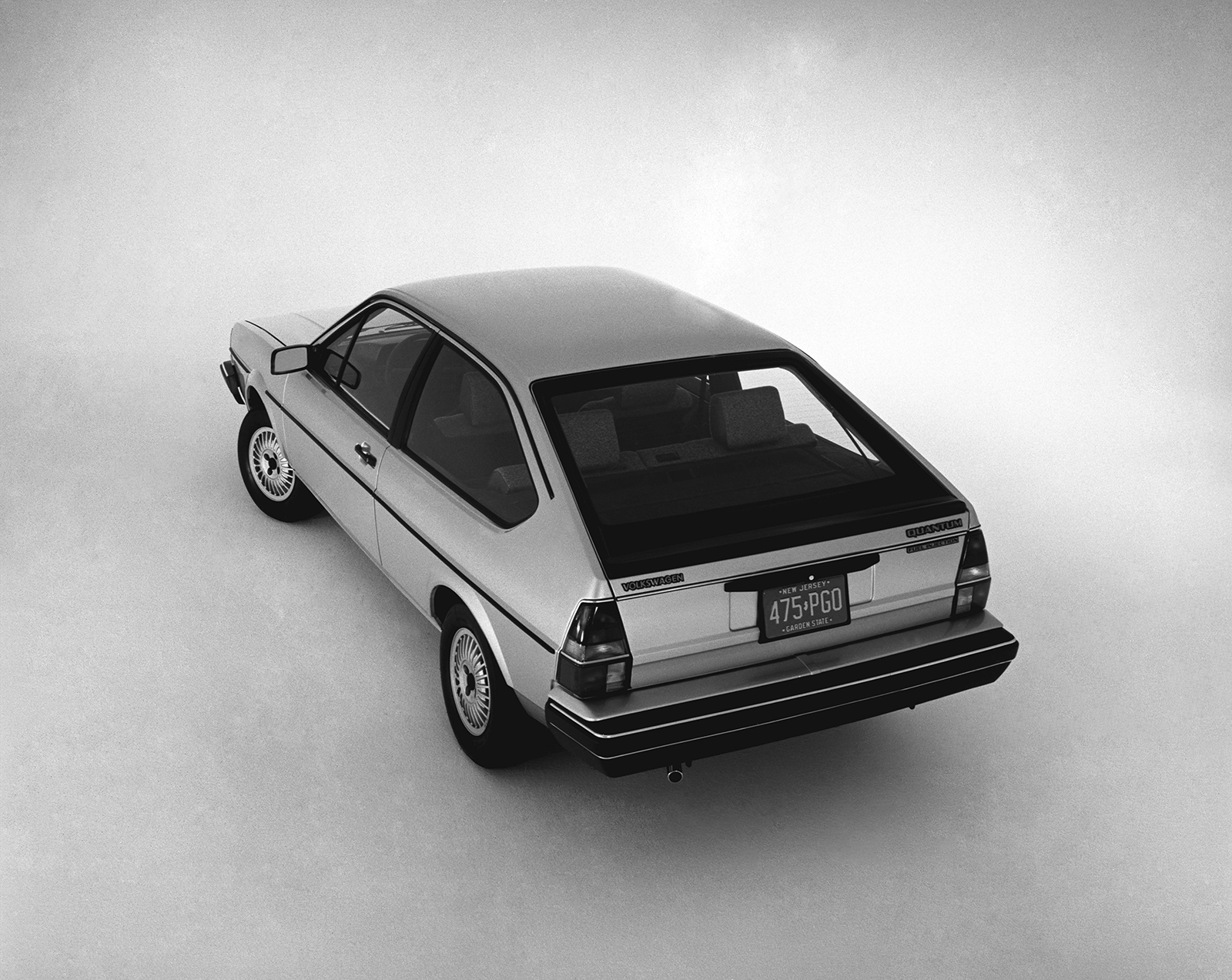 Volkswagen_Quantum_Passat_B2--11808