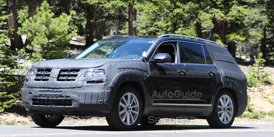 VW-7-Seat-SUV-Spy-Photo-Main
