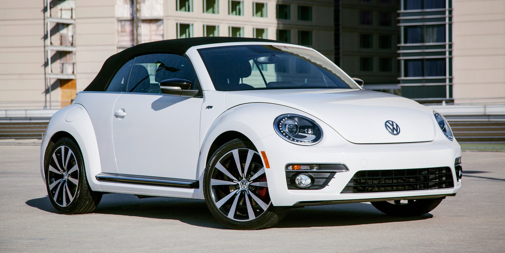 VW-Beetle-Convertible-R-Line