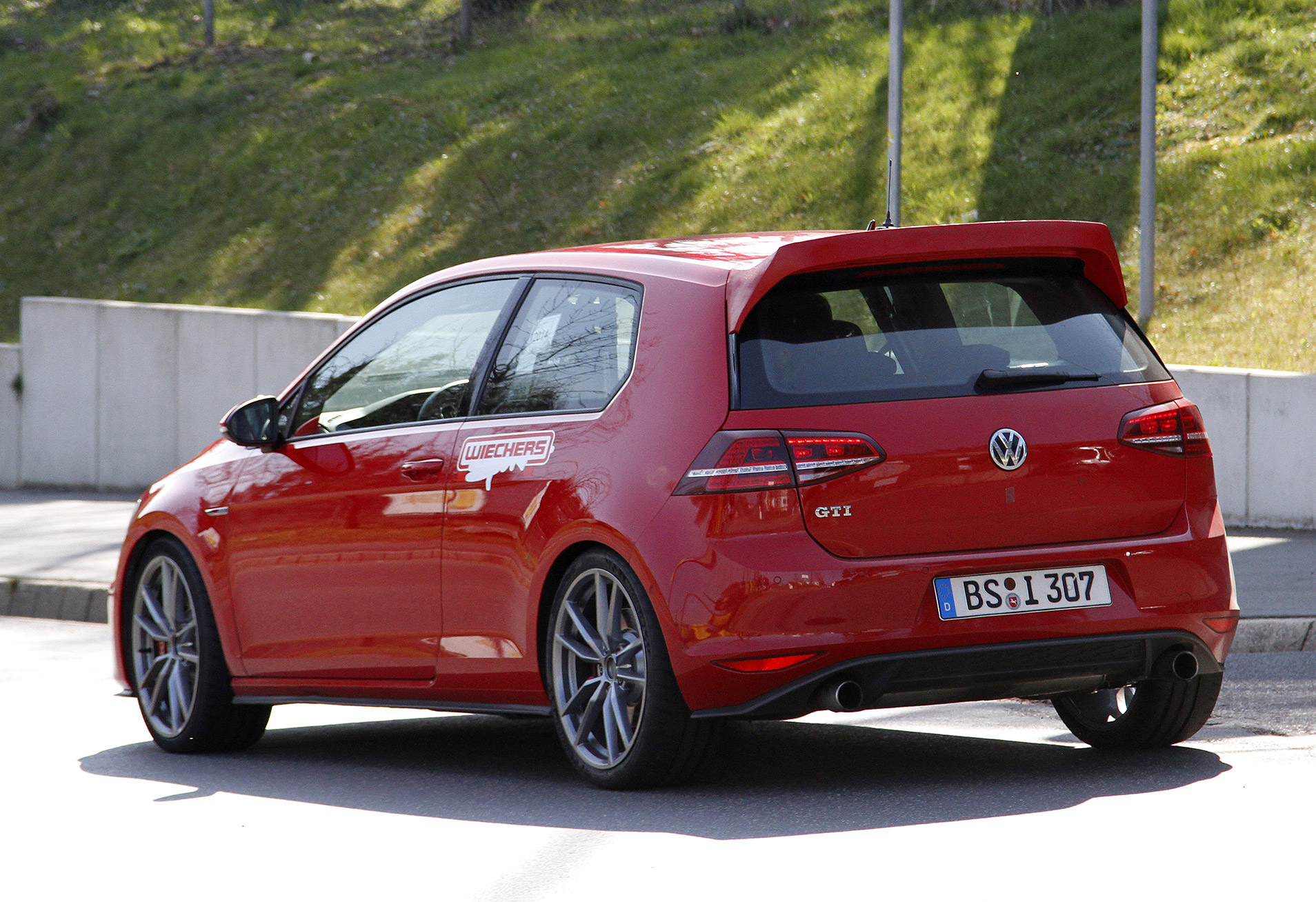 VW-Golf-GTI-CLUB-SPORT-5
