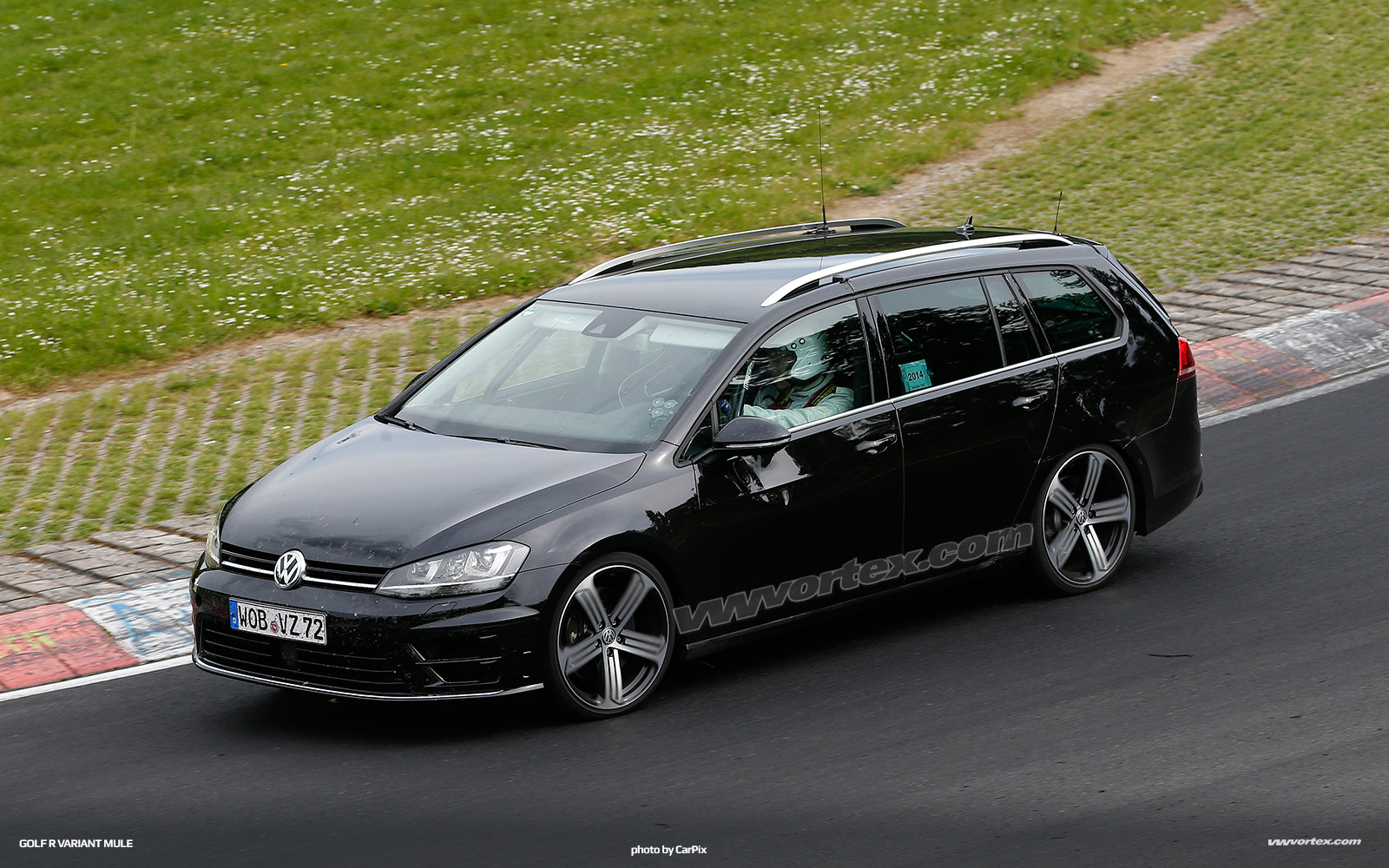 vw-golf-r-variant-mule-380