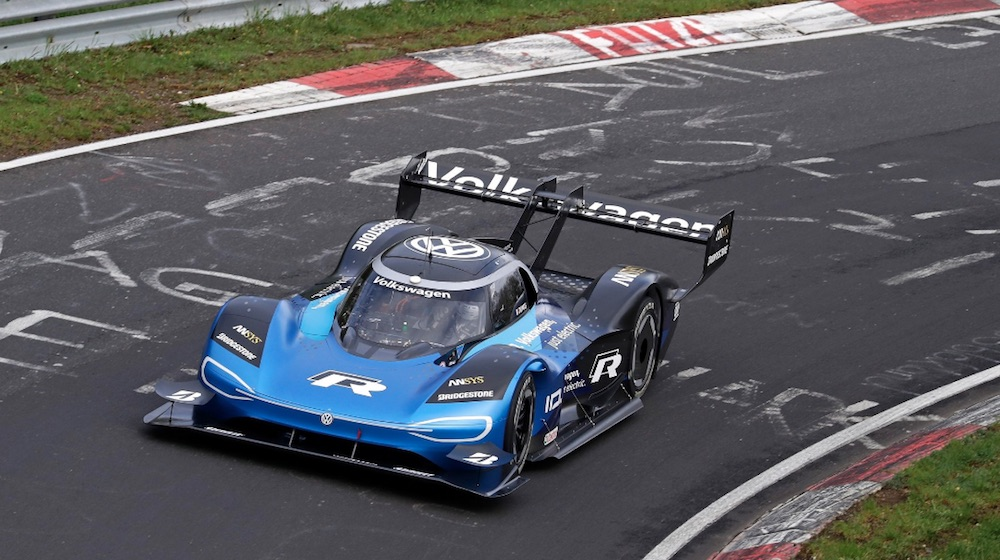 Volkswagen Claims Electric Nurburgring Lap Record with ID R