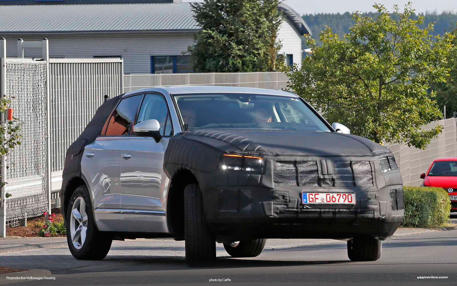VW-Touareg-1