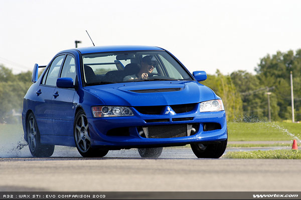 mitsubishi evo 8 blue. moving to the exterior most obvious differences between evo and standard lancer is large functional carbon fiber wing clear altezzalike mitsubishi 8 blue b