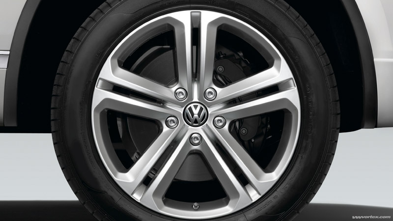 r line touareg wheel